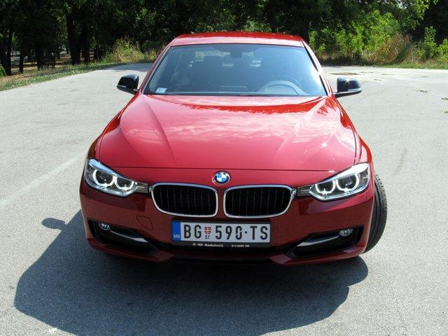 Na testu: BMW 320d Sport line