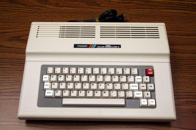 """Radio Shack's """"kolorni računar"""""""