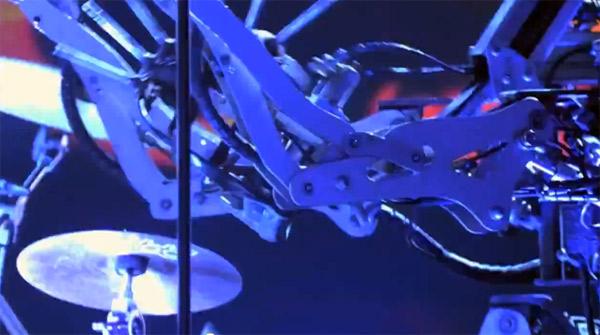 Roboti svirači