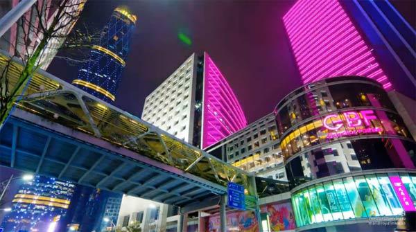 Kineske metropole kroz igru svetlosti