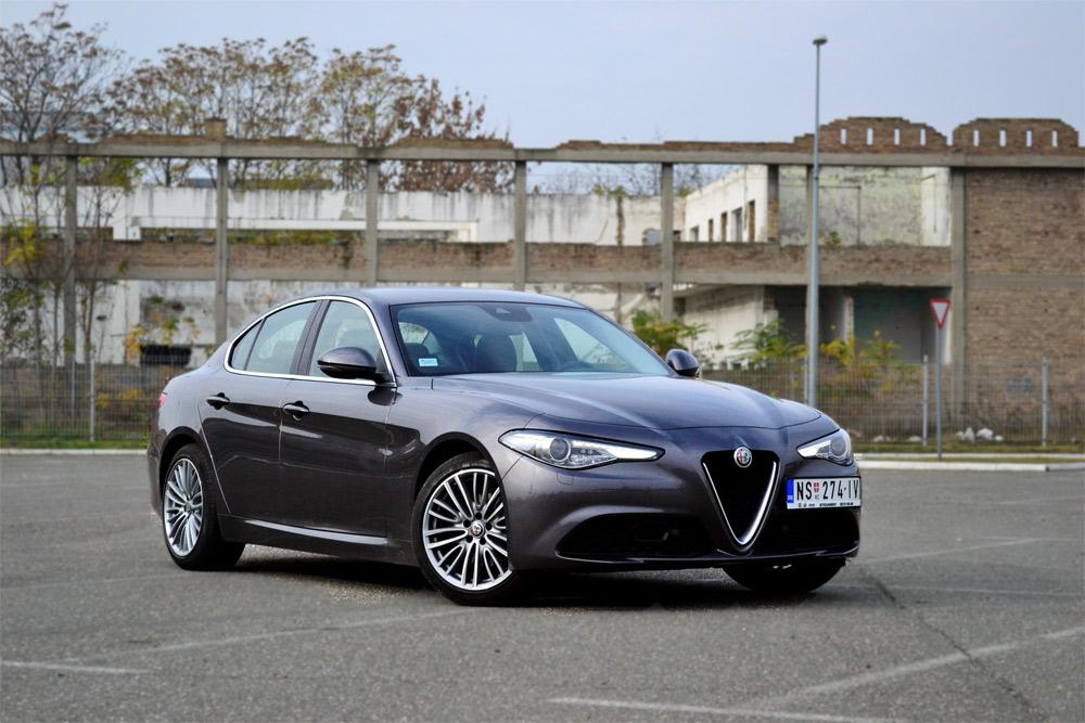Nova Alfa Romeo Giulia 2.2 180KS